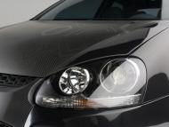 volkswagen-r-gti-headlight-1280x960.jpg