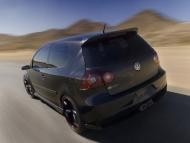 volkswagen-r-gti-rear-angle-speed-tilt-1280x960.jpg