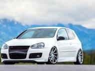 VW_GTI_CVT_593