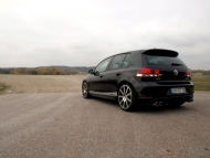 2010-mtm-volkswagen-golf-gti-and-gtd-gtd-rear-angle