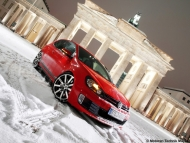 2010-mtm-volkswagen-golf-gti-and-gtd-gti-front-angle-tilt-3