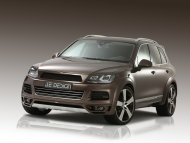 2011-je-design-volkswagen-touareg-front-angle