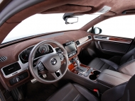 2011-je-design-volkswagen-touareg-widebody-dashboard