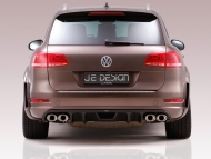 2011-je-design-volkswagen-touareg-widebody-rear