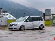 VW_Touran_VFS2_8b0