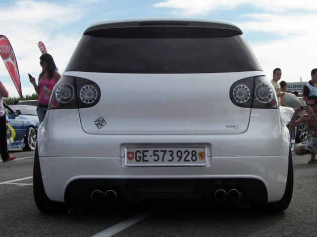 vw golf gti v 2 628x471 VW Golf V GTI by Garage Estoril