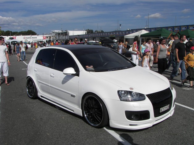 vw golf gti v 4 628x471 VW Golf V GTI by Garage Estoril