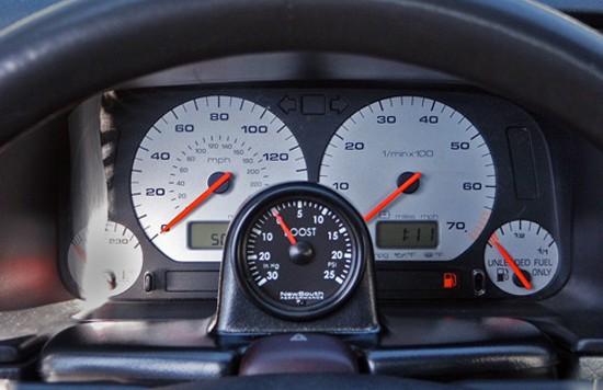 gauge pod 550x356 VW Mk3 ColumnPod for adjustable steering columns