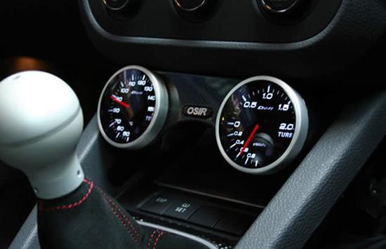 gti carbon gauge pod 550x356 OSIR Design O Pod Dual Gloss Carbon