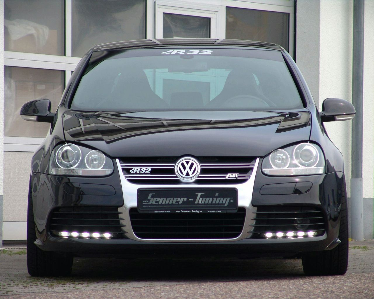 vw golf r32 tuning 5 vw tuning mag. Black Bedroom Furniture Sets. Home Design Ideas