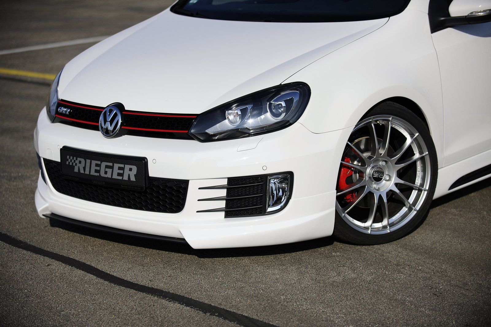 vw golf mk6 rieger 12 vw tuning mag. Black Bedroom Furniture Sets. Home Design Ideas