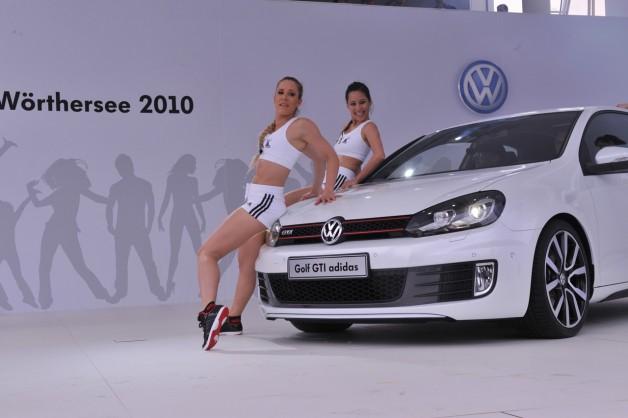 2010vw golfgti adidas 7 628x418 Volkswagen Golf GTI Adidas and Excessive