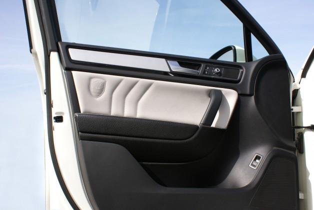 vw touareg ii 26 628x420 touareg II custom interior