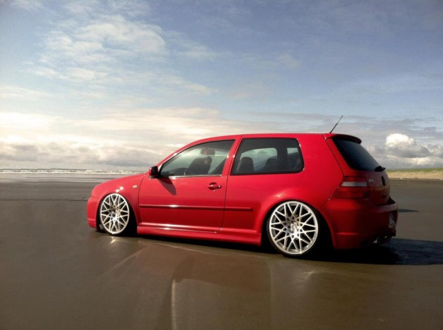vw golf iv 2 628x468 VW in Rotiform wheels