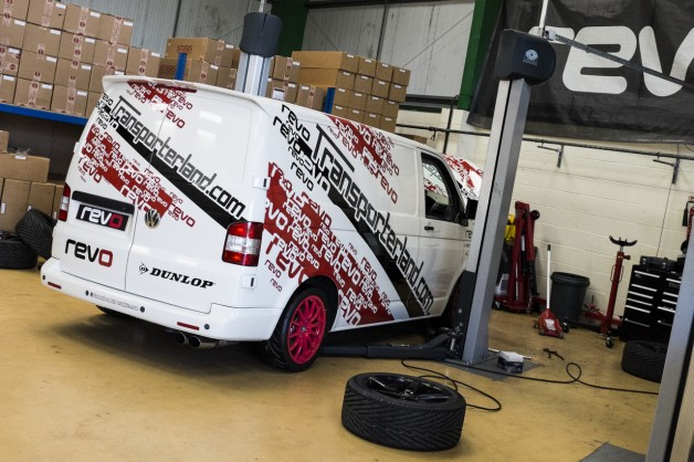DSF1560 628x418 Revo VW T5 Smashes Ring Lap Record On First Attempt