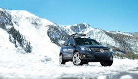 2010 vw tiguan in snow 280x161 BILSTEIN recommends a shock absorber check before winter arrives