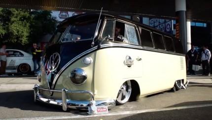 stonefab vw bus 430x244 SEMA 2015   1965 Volkswagen Bus   Stone Fab