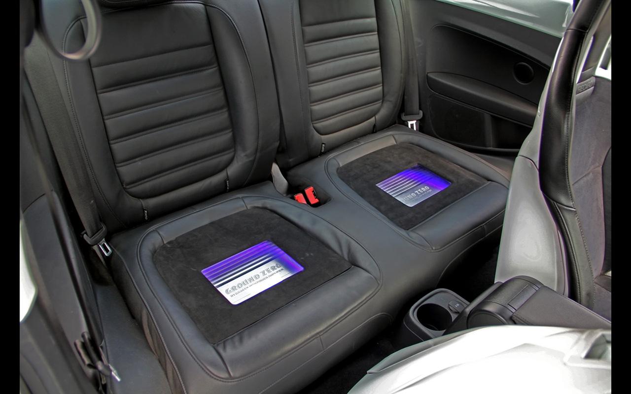 2015 KBR Motorsport SEK Carhifi Volkswagen Beetle Interior 4 1280x800 KBR Motorsport SEK Carhifi Volkswagen Beetle
