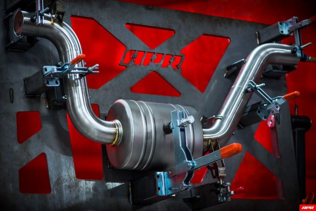 apr exhaust catback mk7 gti assembly 003 628x419 apr exhaust catback mk7 gti assembly 003